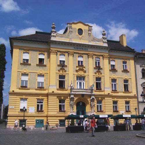 Budapest vienna prague dresden berlin customizable for Dresden to prague train